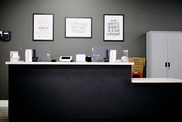 Chiropractic El Monte CA Front Desk